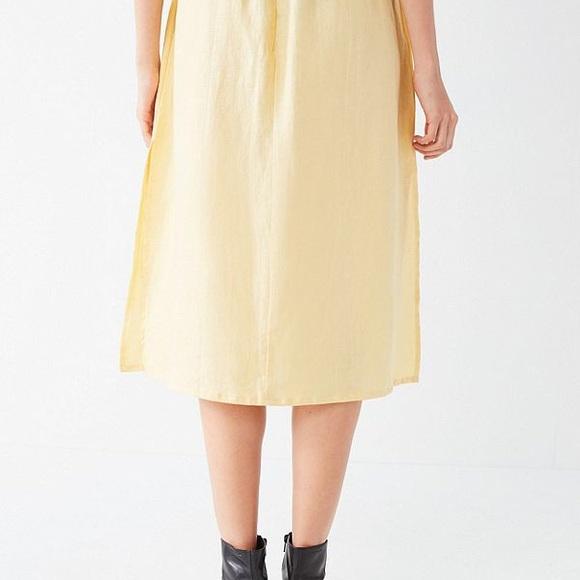 60a41ddec8 Faithfull The Brand Seine Button-Down Skirt. NWT. Faithfull the Brand.  M_5a9be040739d48fc6dbd54a6. M_5a9be0439a94556ef25ddbff.  M_5a9be045331627ca436faa0d